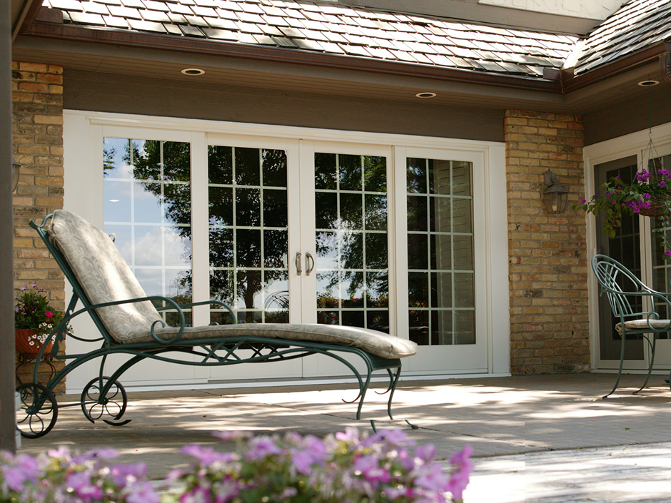 Patio doors philadelphia pa best sliding hinged patio for Main door with french window